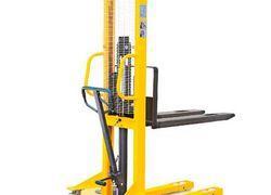 empilhadeira manual e elevação elétrica