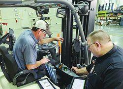 manutenção de empilhadeira manual